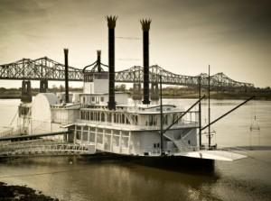 riverboat on the mississppi river